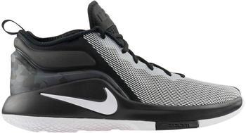 Nike LeBron Witness II black/white 011
