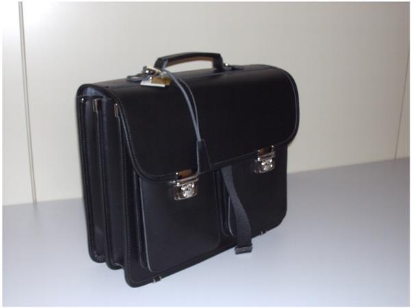 McNeill Ranzenmappe Leather Classics (3026-940) schwarz