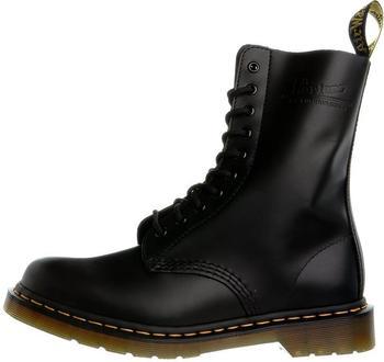 Dr. Martens Vintage 1490 10 Eye Boot smooth black