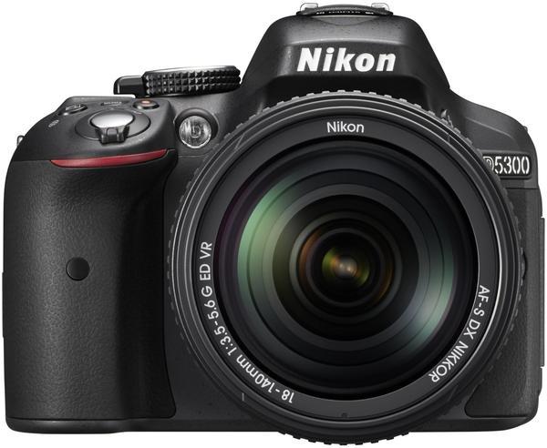 Nikon D5300 Kit 18-140 mm