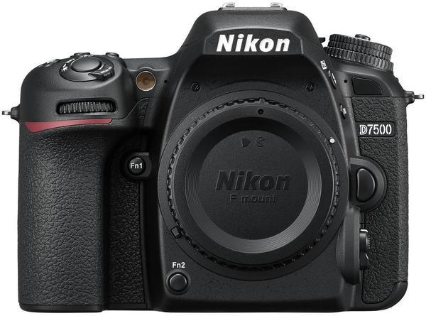 Nikon D7500 Kit 18-140 mm