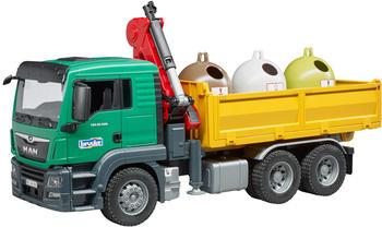 bruder-man-tgs-lkw-mit-ladekran-modellfahrzeug-mit-3-altglascontainern-und-flaschen
