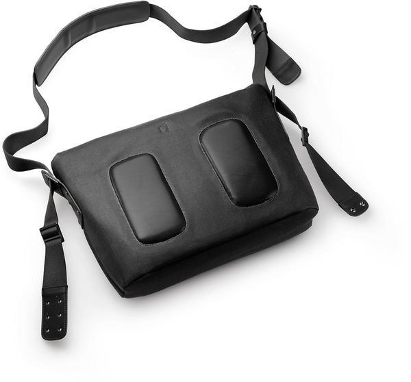 Brooks Barbican Shoulder Bag (total black)
