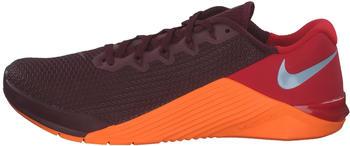 Nike Metcon 5 night maroon/university red/total orange/light armoury blue