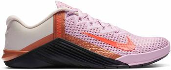 Nike Metcon 6 Women light arctic pink/black/metallic copper/hyper crimson
