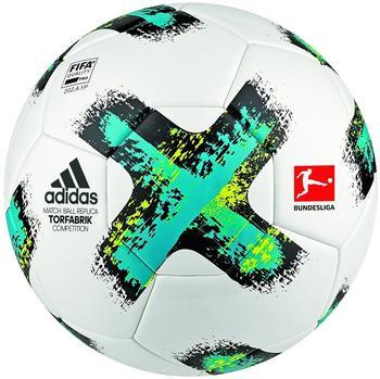Adidas Torfabrik 2017/2018 Competition