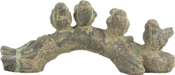 Esschert Aged Ceramic Collection - Birds on log moss L