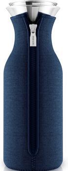 Eva solo Kühlschrank Karaffe mit Neopren-Mantel 1,0 l Navyblau