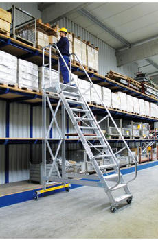 Günzburger Steigtechnik Aluminium-Plattformtreppe fahrbar 60° 15 Stufen (300735)