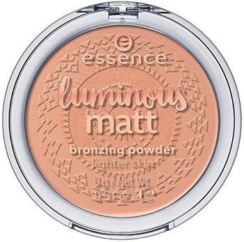 essence-essence-luminous-matt-bronzingpowder-01-sunshine-9g