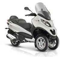 Piaggio MP3 Business 500 i.e 492 ccm 40,0 PS blau