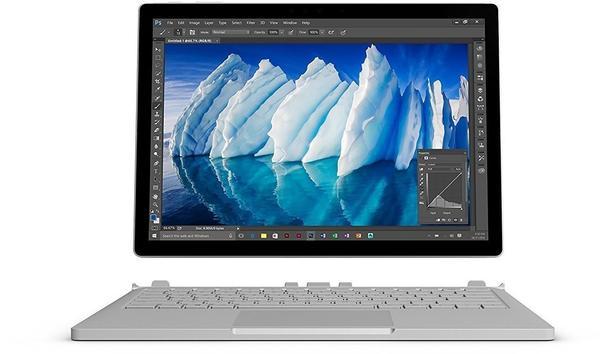 Microsoft Surface Book 13.5 i7 8GB RAM 256GB GeForce 965M Wi-Fi