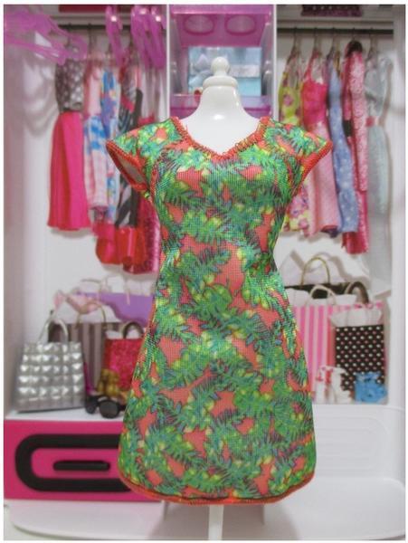 Mattel Barbie - Trend Mode für Barbie Puppe Kleidung - Kleid Retro Look