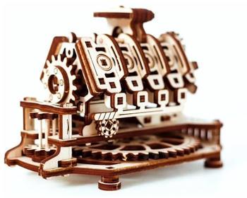 Wooden City V8 Engine