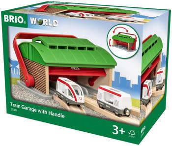 Brio Lokschuppen mit Reisezug (33474)