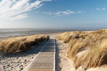 papermoon-dunes-in-langeoog-400-x-260-cm