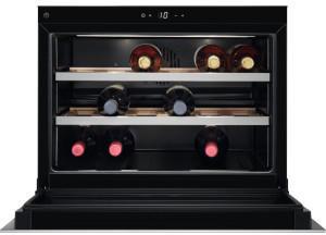 AEG KWK 884520 M Weinkühler Weinkühler mit Kompressor Integriert Edelstahl 18 Flasche(n)