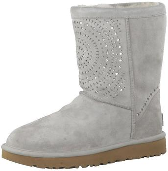 UGG Classic Short Sunshine Perf seal