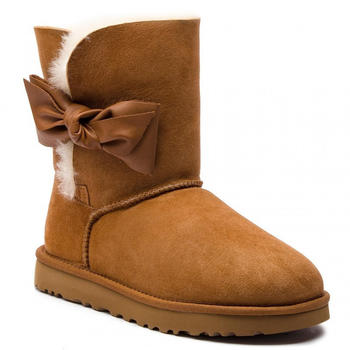 UGG Daelynn Boot chestnut